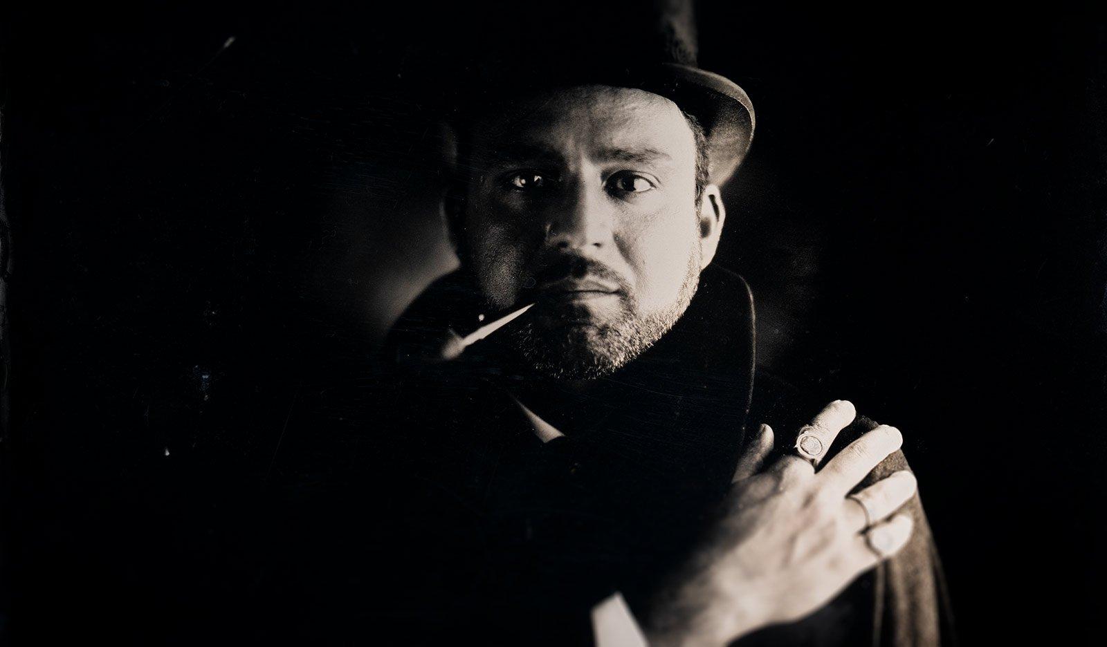 Ritratto d'autore con antiche tecniche fotografiche